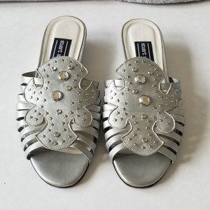 Stuart Weitzman Women's Silver Studded Sandals 7B